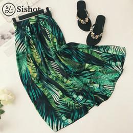 2019 falda de hoja verde SISHOT faldas largas de verano estampado de hojas tropicales faldas maxi lateral de ventilación harajuku cintura elástica suelta informal falda de playa verde dividir falda de hoja verde baratos