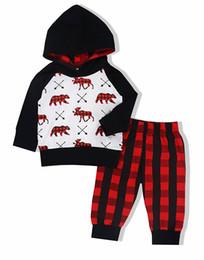 Ciervos de las muchachas top de la impresión online-Oklady Baby Boys Girls Clothes Oso Deer Impreso Trajes con capucha Tops + Red Plaid Long Pants + Hat Set