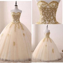 Elegant 2018 Quinceanera Dresses Sweetheart Sleeveless Appliques Gold Lace Ball  Gown Sweet 16 Years Princess Prom Dress Evening Gown 01b39ff1e009
