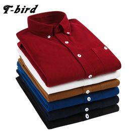 T-Bird 2108 новые рубашки Мужская одежда с длинными рукавами Вельвет Платье рубашка осень Марка повседневная мужская рубашка твердые мужской Slim Fit рубашка Y1892101 от