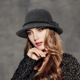 2019 vendita calda nuova moda classica cloches cappello femminile regolabile cappello polyster affascinante fidanzata elegante regalo da cappello di trilby grigio fornitori