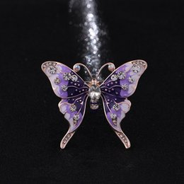 Wholesale Wholesale Fashion Accessory Scarf - Europe and the United States fashion brooch new temperament butterfly brooch pin beautiful scarves buckle accessories wholesale