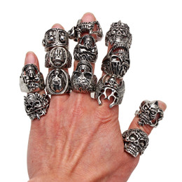 Wholesale Bikers Rings - Wholesale Lots OverSize Gothic Skull Carved Biker Mixed Styles lots Men's Anti-Silver Rings Retro New Jewelry r0079