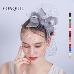 i capelli piegano i veli Sconti Birdcage veli da sposa arco solido cappelli di fascinator argento sinamay accessori per capelli vintage fascia per le donne gara di nozze SYF143