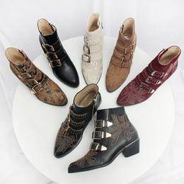 botas negras planas del tobillo del negro de las señoras Rebajas (con la caja) las botas de las mujeres de gama alta de la marca del diseñador de lujo zapatos de tacón alto de cuero de las mujeres 35-40 zapatos de moda