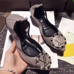 Brieftaschenschuhe online-2018 Frauen neue Brieftasche Schuhe Luxus Designer Tanzschuhe Freizeit Frauen Erbsen Schuh Superstars Casual Loafers Aerobic Schuhe A20 size35-40
