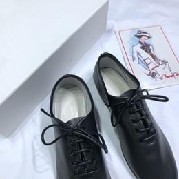 Повседневная обувь онлайн-Последняя мужская pre-fall повседневная обувь flash коллекция обуви 2018