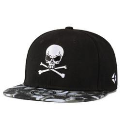Cappello piatto di ballo di hip hop online-Moda avvertimento avvelenamento icona Design Ricamo Hip Hop Hat Street Skateboard Flat Canvas Cap Uomini Donne Casual Dance Snapback Skull Hat
