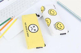 2019 sonrisa alta Bolso de la pluma del estudiante de la alta calidad caja de lápiz de la escuela de moda simple lienzo cara sonriente bolso del lápiz regalo sonrisa alta baratos