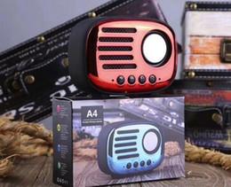 2018 Nouveau mini haut-parleurs sans fil bluetooth TF carte rétro radio A4 audio intelligent portable Subwoofers extérieur téléphone mains libres avec MIC sans dhl ? partir de fabricateur