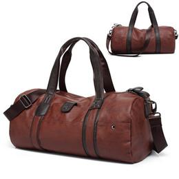 Wholesale leather gym bag duffle - 2018 Men Luggage Leather Travel Shoulder Bags Duffle Gym Bags Tote Bag Large Capacity
