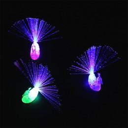 LED Dedos Juguetes Artículos de Novedad Favores de Fiesta Moda Niños Pavos Reales Anillo Intermitente Eventos Promocionales Regalos Iluminados Para Niños Juguete desde fabricantes