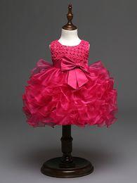 Padrões vestido para meninas on-line-2018 Bonito Roxo Vermelho Quente Rosa Marfim Batizado Vestidos Frisado Padrão de Flor Dos Miúdos Do Bebê Vestido Da Menina para Casamentos
