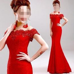 Vestidos de noche largos precios baratos online-Vestido de noche elegante de sirena de encaje rojo 2018 Vestido de fiesta de cuello barco de cristal barato bañados Robe De Soiree