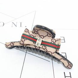 Canada Mode Femme Nouveau Créateur de Mode Barrette Coiffure Accessoires Accessoires de fête Accessoires de mode Cadeaux Amour Offre