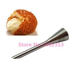 Wholesale Confectionery Tools - Wholesale- Stainless Steel Icing Piping Nozzles Cream Beak Pastry Puff Cream Injector Cake Nozzle Confectionery Tool Cake Decorating Tool