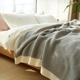 manta de cama de acrílico Rebajas 100% manta de acrílico en el sofá cama blanco negro gruesa mantas de punto ropa de cama de invierno mantas tiro para camas de regalo 150 * 200 cm