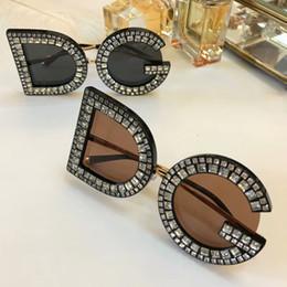 Wholesale cat eye white stone - Luxury Designer Women Stones Sunglasses sun glasses Eyewear Glasses Designer Grey Glasses Shades New in box