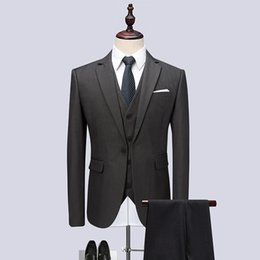 Wholesale plus size clothing wedding party - 3PC High Quality Men Suit Brand Slim Fit Solid Gray Wedding Suits For Men Clothes 2018 One Button Party Dress Tuxedo Plus Size