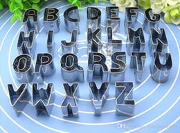 Lettere tagliatori di biscotti online-26 Pz / set Lettere Inglesi Biscotto Muffa In Acciaio Inox Cookie Stampi di Cottura Cookie Cutter A-Z Torta Biscotti Stampi Biscotti Strumenti