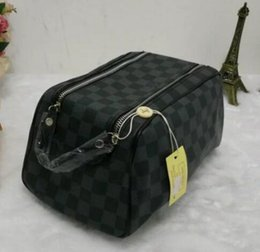 Wholesale cosmetic men - High quality new designer fashion men travel toilet pouch women cosmetic organizer make up bag famous classical brand toiletry bag