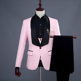 2019 sposo fumoso grigio bordeaux Matrimonio Groom Dinner Party One Button Scialle Colletto Trim Fit Belli Uomini Vestiti 3 Pezzi (Giacca + Pantaloni + Gilet)