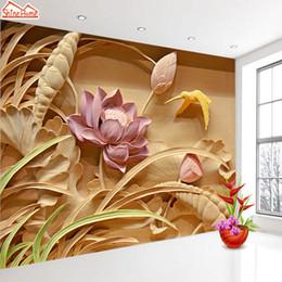 i fiori di loto sfilano Sconti ShineHome-Large Foto personalizzata sfondi 3d Soggiorno Legno intaglio Lotus Flower Landscape Office Casa Camera da letto Murale Carta da parati