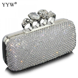 сумки дорожные Скидка Diamonds Clutch Bags for Women 2018 Silver Evening Bag with Rhinestone  Handbags Women Party Bags Designer Silver Purse