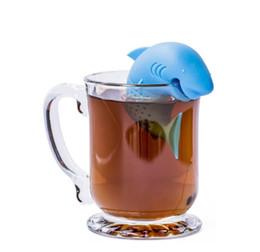 Argentina Infusor de té de dibujos animados forma de tiburón americano filtro de colador de té de silicona Bolsas de té vacías accesorios difusor de hoja cheap tea shark Suministro