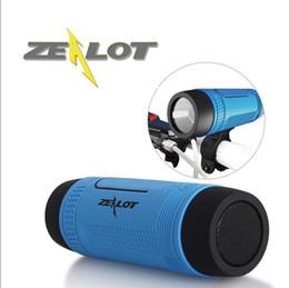 RETAIL-ZEALOT Sem Fio Ao Ar Livre À Prova D 'Água Bluetooth Speaker S1FM / TFCard À Prova de Choque À Prova de Poeira Altavoces Haut Parleur SOS LEVOU Lanterna de