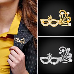 Wholesale Mask Brooches - U7 Rhinestone Brooch Gold Silver Color Mask Pin For Party Decoration Accessory Brooch Jewelry For Women B2731