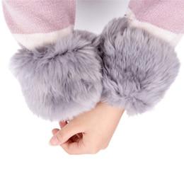 1 Paar Mode Frauen Winter Handgelenk Wärmer Oversleeve Faux Pelz Winddicht Arm Armband Armbänder Arm Ärmeln 15*10 Cm Damen-accessoires