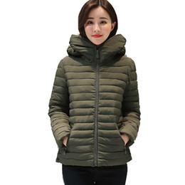 2019 chaquetas de algodón para mujer 2017 mujeres cortas de otoño otoño invierno para mujer básica de la chaqueta femenina de algodón acolchado ocasional más tamaño 4XL 5XL casaco feminino chaquetas de algodón para mujer baratos