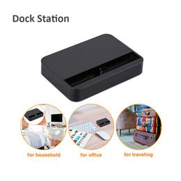 docking station do carregador de telefone Desconto Universal Dock Charger Suporte Para O Telefone 7 Plus 8 8 Plus Estação de Carregamento Dock Station Cradle Para Telefone Com Pacote de Varejo STY071