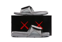Wholesale glow dark adhesive - 2018 Hot New KAWS 4s x Hydro Retroes 4 Cool Grey slippers IV sandals Slides basketball shoes sneakers Glow in dark size 7-12v 930155-003
