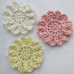 Canada Nouvelle Arrivée 5 cm Crochet Appliques À La Main Crochet Fleurs À Coudre Accessoires DIY Vêtements Accessoires Crème Jaune Rose Offre