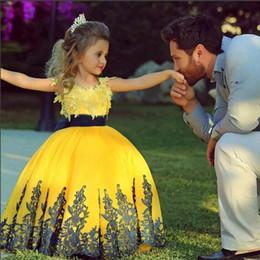 zwei tone ball kleider Rabatt Nette gelbe spitze mädchens pageant kleider kleines mädchen blume mädchen kleider für party hochzeit ballkleid jewel kommunion dress
