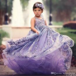 acc146cf981 2018 Violet Pas Cher Robe Pageant Dentelle Applique Backless Filles Pageant  Robes Enfants Robes De Soirée De Fête Fête D anniversaire Robes Personnalisé