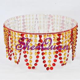 DIY bon prix de haute qualité en gros acrylique gâteaux stands, lustre en cristal mariage gâteau stand pièces centrales ? partir de fabricateur