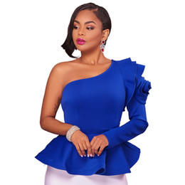 Frauen blaue blusen online-Rüschen Eine Schulter Mode Bluse Shirts 2017 Herbst Elegante Schwarz Blau Langarm Schößchen Blusen Schlank Blusas Sexy Frauen Tops