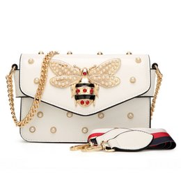 Wholesale Spring Women Handbags - New Women Handbag Lovely Rhinestone Chain Bag Elegant Woman Bee Pearl Decorative Leather Shoulder Bag Women Bag Small Fresh Pearl Spring
