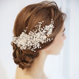 Wholesale Lace Headpieces - Charming Lace Flower Bridal Barrettes Hair Clip Pearls Wedding Hair Comb Jewelry Handmade Women Accessories Headpiece
