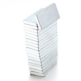 Seltene starke magneten neodym online-Großhandel 50pcs / lot super starker Block Kühlschrankmagnete seltene Erde Neodym 20 x10 x 2mm