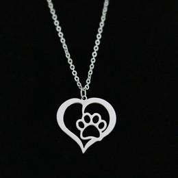 2019 gioielli di impronta all'ingrosso Hollow Pet Paw Footprint Pendant Necklace in acciaio inossidabile a forma di cuore catena di collegamento dell'amante dell'oro per i monili di fascino delle donne all'ingrosso gioielli di impronta all'ingrosso economici