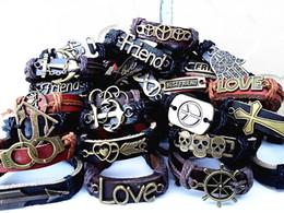 2019 bracelet style style gros lots 50pcs styles mixtes vintage en alliage de cuir Ethnic Tribes hommes brassard bracelets neuf bracelet style style pas cher