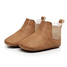 sapatos de bebê europa Desconto 2017 baby shoes Europa e Americano estourou bebê menino menina shoes infantil passo botas de couro elástico PU macio com sola botas