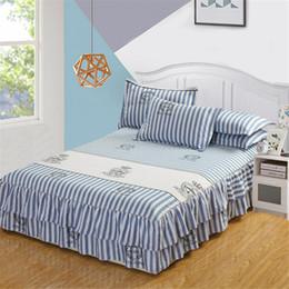 cobertor de coberta contornado Desconto 150x200 cm Inglaterra Azul Branco Listrado de Duas Camadas de Cama Colcha de Saia de Cetim Lençol de Cama de Algodão para a Menina das Crianças Room Cover