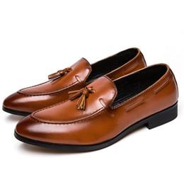 Canada Hommes Classic Gland Mocassins Chaussures en cuir Italienne Robe De Bureau Chaussures De Luxe Marque De Mode Élégant Oxford Chaussures pour Hommes Taille Plus Offre