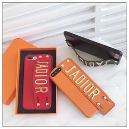 2018 De Luxe Marque En Cuir En Métal Rivet Téléphone Cas pour iphone X 8 8 Plus 7 7 6 6 plus 6 s plus couverture arrière Sangle Bande Style ? partir de fabricateur