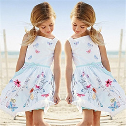 Röcke seidenblumen online-2018 Sommer Mädchen Kleid Weiß Sling Cartoon Schmetterling Blume Flasche Weste Rock Mode Plissee Kleid Silk Lässig Kinder